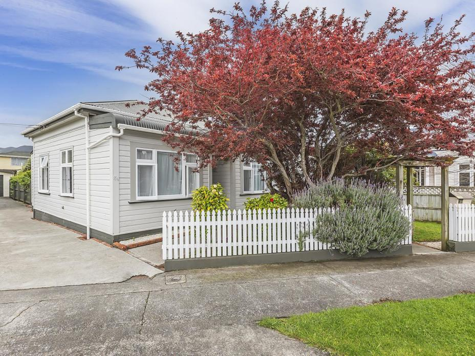 156 Kings Crescent, Hutt Central