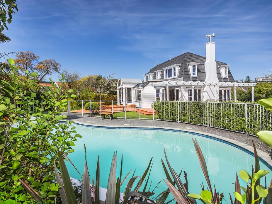 10 Troon Crescent, Hutt Central